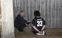 An ninh Úc bắn chết nghi can khủng bố đâm cảnh sát