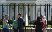 Nhà Trắng thêm hàng rào sau hai vụ đột nhập