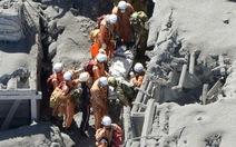 Hơn 30 người có thể đã chết vì núi lửa phun ở Nhật