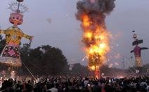Giẫm đạp trong lễ hội Hindu ở Ấn Độ, 32 người chết