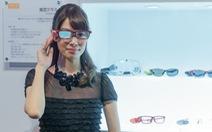 Toshiba giới thiệu kính có khả năng chuyển ngữ tức thì