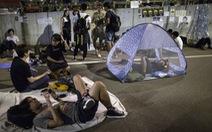 15.000 người Hong Kong tiếp tục đổ xuống đường