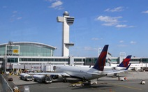 Mỹ soi Ebolatại sân bay