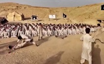 """IS tung video quay cảnh """"khổ luyện"""" chiến đấu"""