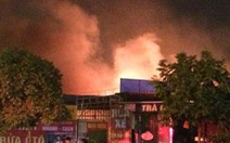 Dập tắt đám cháy sát tòa nhà Keangnam