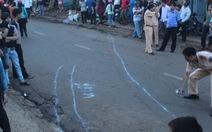 Ôtô tông liên hoàn xe máy: 2 người chết, 8 người bị thương