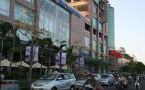 """Ném """"bom xăng"""" vào siêu thị và khách sạn Nha Trang Center"""