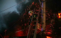 Cháy tiệm phụ tùng xe máy trên đường Xô Viết Nghệ Tĩnh
