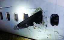 Cánh quạtđâm xuyênmáy bay, đập đầu hành khách