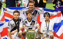 Con trai Beckham ký hợp đồng với Arsenal
