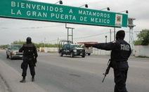Bé gái Mỹ đang mang thai bị bắn trọng thương ở biên giới Mexico