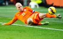 Robben chê hàng thủ tuyển Hà Lan
