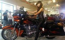 """Harley-Davidson ra mắt dòng xe """"độ"""" CVO 2015"""
