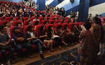 LHP quốc tế Hà Nội: năn nỉ xin... đứng xem phim Việt