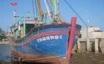 Đã trục vớt được con tàu chìm do va phải đá ngầm