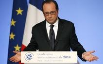 """Tổng thống Pháp thăm """"tâm chấn"""" đại dịch Ebola"""