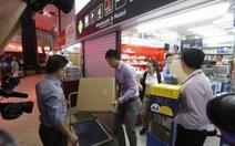 """Singapore """"bêu"""" tên cửa hàng tai tiếng khu Sim Lim"""