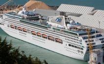 """Virút viêm ruột """"tấn công"""" tàu du lịch, 200 khách đổ bệnh"""