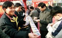 Quan chức Trung Quốc dùng quỹ vé số sắm du thuyền
