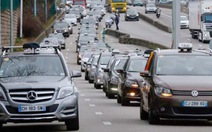 Pháp: taxi đổ về Paris chống Uber