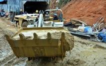 Phương án tối ưu là đào hầm cứu 12 công nhân