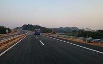Đã xử lý xong vết nứt trên đường cao tốc Nội Bài -Lào Cai
