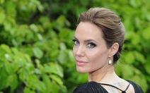 Angelina Jolie thừa nhận nấu ăn dở