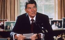 """Tổng thống Reagan và """"vũ khí bí mật 1986"""""""