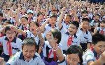 Học sinh tiểu học phải học ở ký túc xá