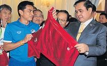 """Thủ tướng Thái Lan yêu cầu đội tuyển """"chi tiêu khôn ngoan"""""""