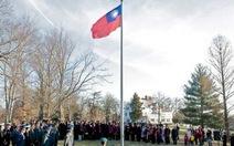 Trung Quốc phản đối Mỹ cho thượng cờ Đài Loan