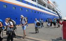 Đề xuất giảm phí, thủ tục nhập cảnh cho khách tàu biển