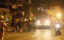 Sập sàn bê tông đang làm đêm, 6 người bị thương