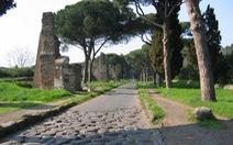 Roma hút hồn hôm nay với những cungđường La Mã