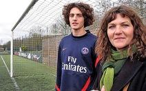 Sự nghiệp cầu thủ mang dấu ấn bố mẹ