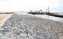 Bình Thuận cần xây thêm đê, kè ngăn biển xâm thực