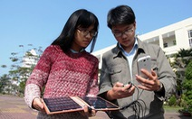 Học sinh chế sạc điện thoại từ năng lượng mặt trời