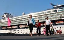 Tàu du lịch 5 sao chở 1.800 du khách đến Huế
