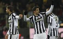 Juventus vất vả vào bán kết Cúp QG Ý