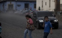 """Núi lửa """"thức giấc"""", Guatemala đóng cửa sân bay quốc tế"""