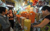 Tiêu thụ hàng thực phẩm chế biến, bánh kẹo tăng vọt