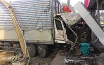 Xe tải mất thắng, tài xế nhanh trí tránh tai nạn thảm khốc