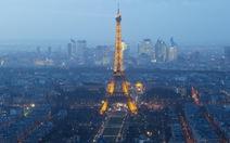 Máy bay không người lái lại xuất hiện ở Paris