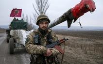 Máu lại đổ ở miền đông Ukraine