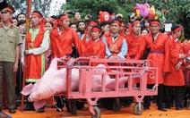Cấm lãnh đạo các cơ sở giáo dục tham dự lễ hội