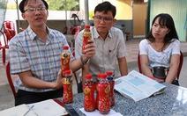 6 chai Dr Thanh có ruồi:Công an mời chủ nhà hàng làm việc