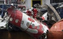 AirAsia tiếp tục tìm nạn nhân mất tích