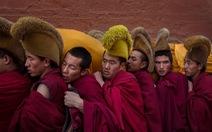 Lung linh huyền bí đại lễcầu nguyện Tây Tạng
