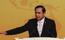 Thủ tướng Thái Lan xin phép vua bỏ thiết quân luật