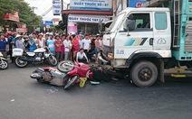 Tạm giữ hình sự lái xe tải vụ hai tai nạn một địa điểm